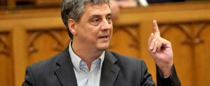 Orbánnak kuss lehetne a neve