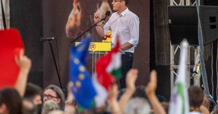 Megint Volner János végzi el a piszkos munkát a Fidesznek: a Kúriához fordult a Fudan-népszavazás ügyében