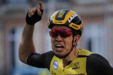 VIDEÓ: Pánikba esett a sebe láttán egy kerékpáros a Touron