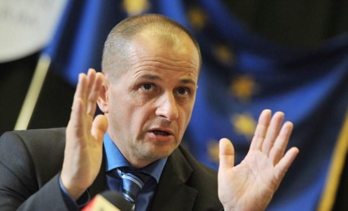 Budai Gyula szerint a magyar dolgozó nem kereshet annyit, mint egy német