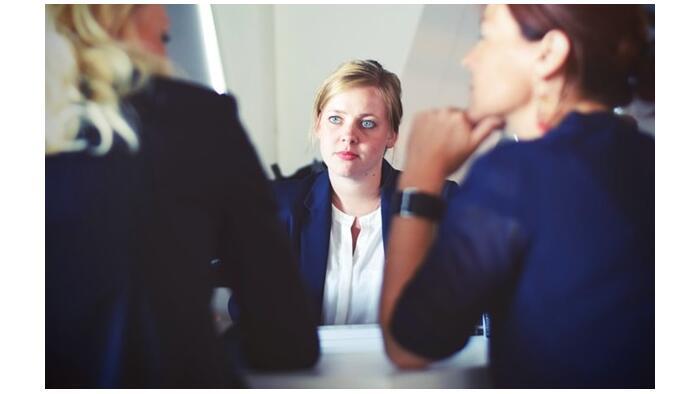 Ukrajnában emelnék a nők fizetését