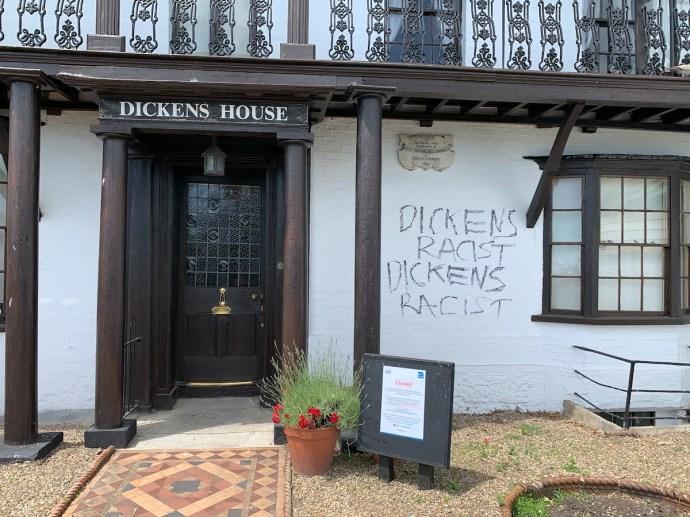 Szegény Charles Dickens