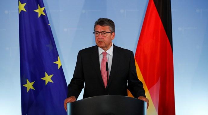 Der Spiegel a német külügyminiszternek: hogyan mert interjút adni az orosz propagandistáknak?