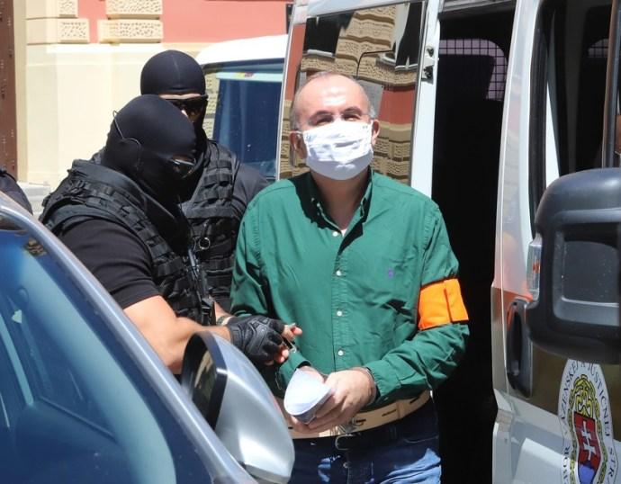 Kičura előzetes letartóztatásban marad