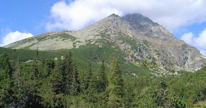 250 métert zuhant a Magas-Tátrában egy magyar hegymászó, meghalt