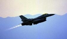 Lengyelországba megérkezett az első hat F-16-os
