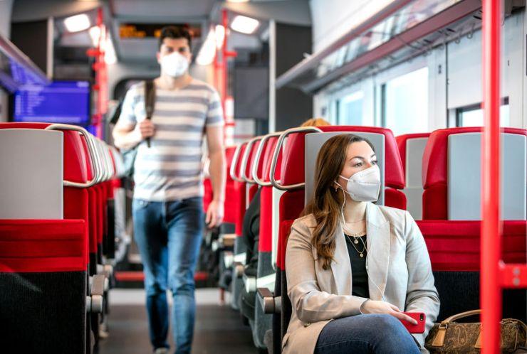 Ausztriában júliustól néhány helyen már nem lesz kötelező a reszpirátor viselése