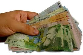 Áprilisban korábban fizetik ki a nyugdíjakat és fizetéseket