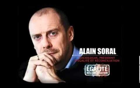 Alain Soral ellen öt hónap börtönt követel az ügyész antiszemitizmus miatt