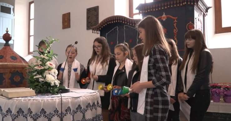 ASzeretethíd felvidéki megnyitóját ahetényi templomban tartották