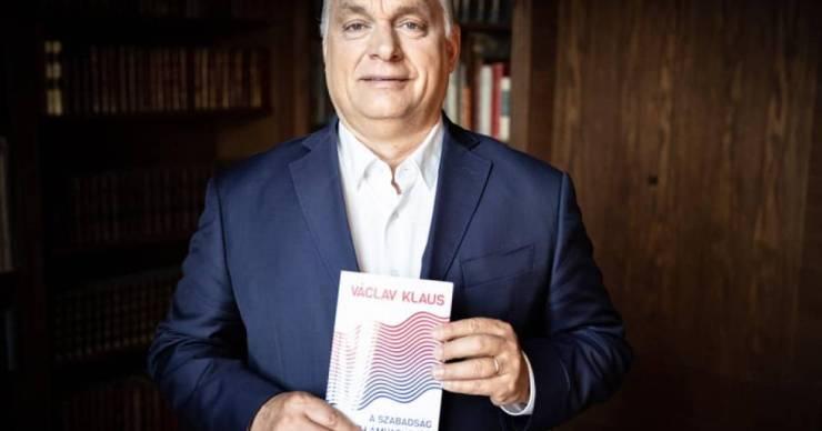 Orbán Václav Klausnak: harminckét év után ismét szabadságharc folyik Európában