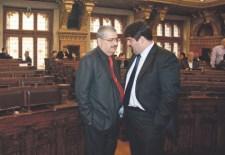 A shalommal köszönő gojokra is vadászna Orbán és az MSZP-LMP bizottsága – újratöltve