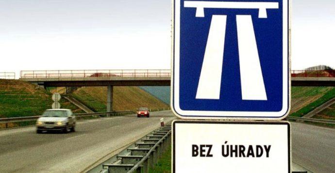 A kormány jóváhagyta az autópályamatricák megszüntetését is