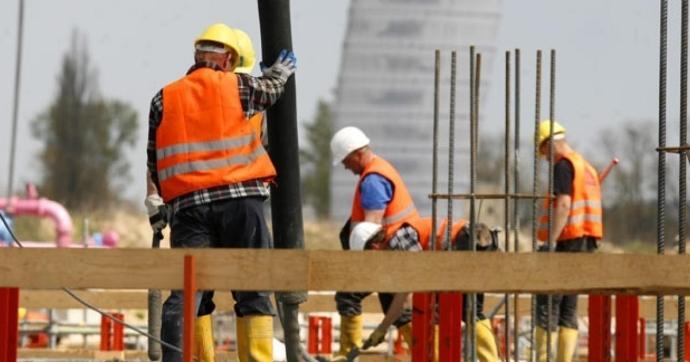 A foglalkoztatottság és az átlagbér 2020 novemberében