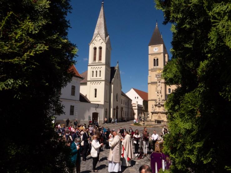Aki az Istenben él, az semmit sem hagy el – Boldog Gizella ünnepe Veszprémben
