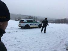 Érsekújvár: a hóban fekve találták meg az eltűnt nőt