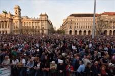 Több mint 70 ezer embert várnak a kormányellenes tüntetésre