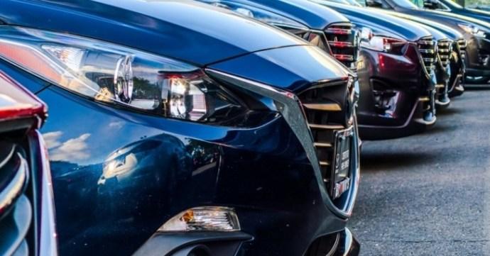 Zuhanó tendencia az új autók vásárlásánál is