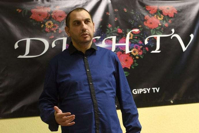 Dikk, tesvírek: Habony-közelieké lett a cigány tévé