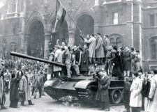 Bogár László: Töprengések 1956 ürügyén