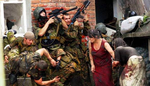 Kétezer túszt ejtettek a csecsenek a kizljari túszdráma során