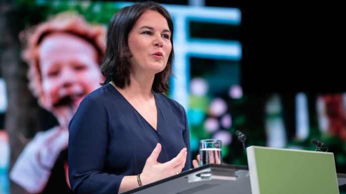 Kancellárjelölttel indulnak a választási kampányba a német Zöldek
