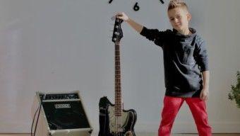 Amerikában bontogatja szárnyait a hétéves zenészzseni