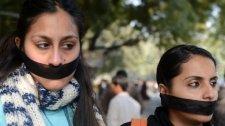 Indiában megerőszakolásra ítéltek két nőt