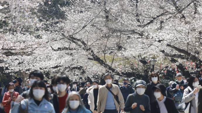 Négy hónap sincs az olimpiáig: minden eddiginél erősebb járványhullámra készülnek Tokióban
