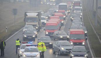 Új útdíjrendszer: utakat fognak lezárni a demonstrációjukkal