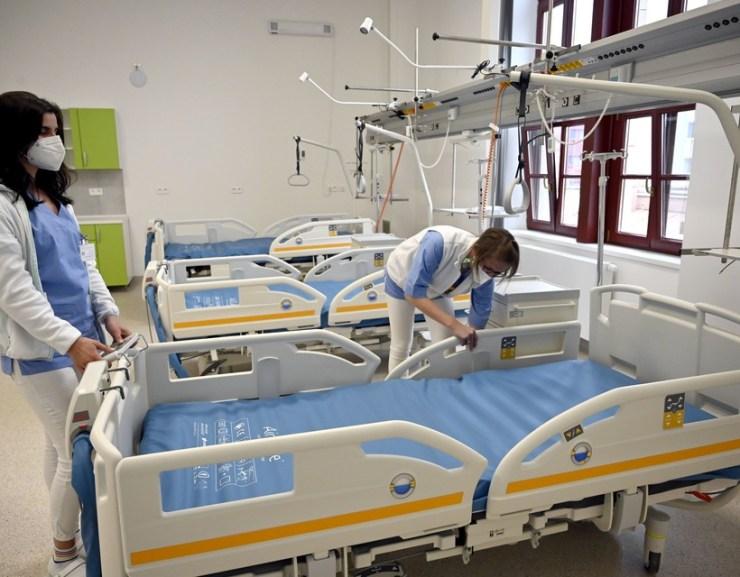 Koronavírus: öt beteg elhunyt, megugrott a kórházban ápoltak száma
