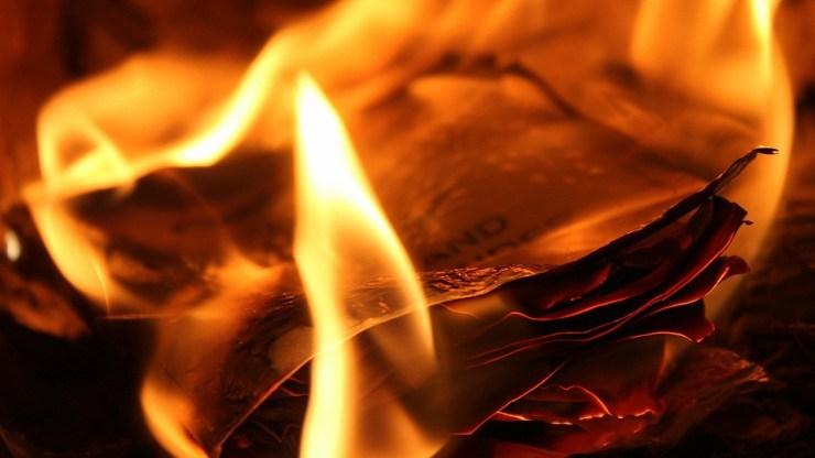 Tűz a Hajógyári szigeten, egy halott