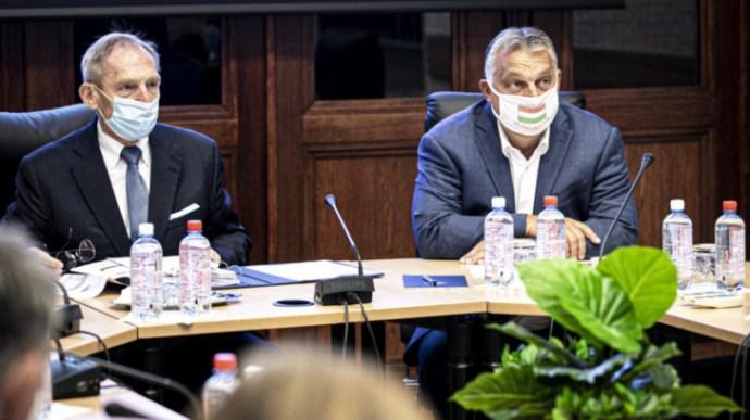 Orbán: A maszkviselésen múlik a járvány megfékezése