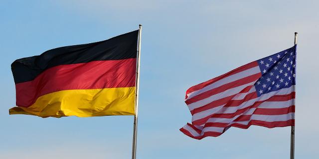 Az amerikaiak szerint az amerikai-német kapcsolatok jók  a németeknek más a véleménye