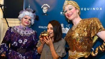 Mila Kunis a tiltakozók kérése ellenére átvette a díjat