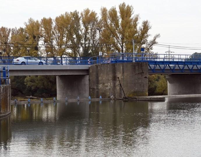Megsérült a Laborc gátja, árvíz fenyeget Alsó-Zemplénben