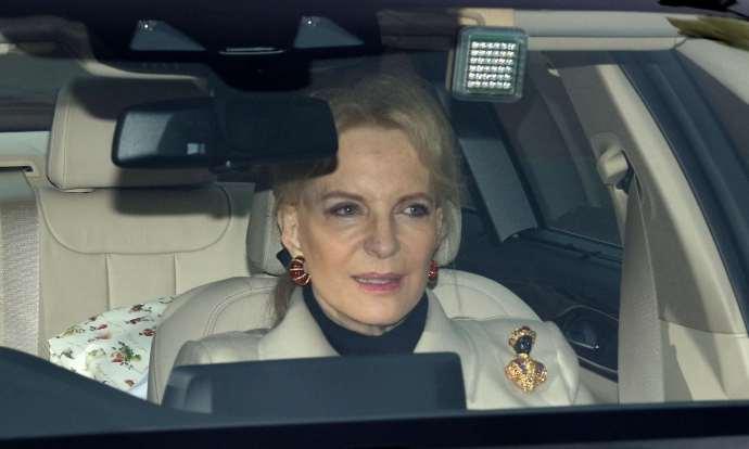Rasszista melltűben vonult be a Buckingham-palotába az SS-tiszt lánya – aki az angol királyi család tagja