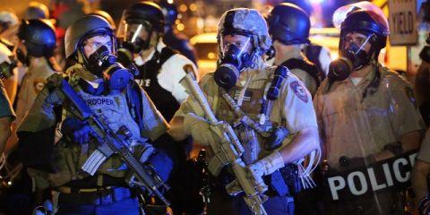 A bizonyítékok alátámasztják, amit eddig is tudtunk: a néger rátámadt az őt végül leterítő rendőrre St. Louisban
