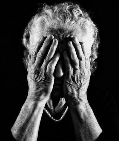380 milliárd forint megszorítás a nyugdíjasokon