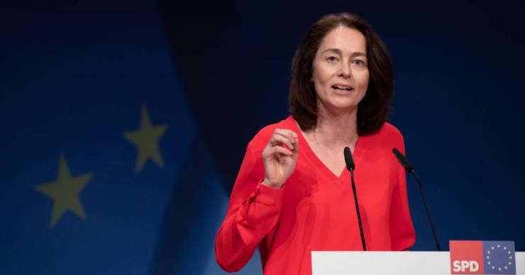 EP-alelnök: Magyarországon már nincs demokrácia