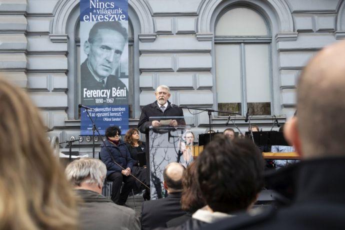 """""""A világtörténelem legbrutálisabb pusztítása"""", """"a legsúlyosabb teher a magyar nemzet történelmében"""" – nem fukarkodtak a jelzőkkel az Orbánék által bevezetett holonapon (sem)"""