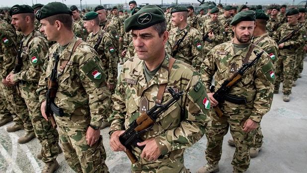 Mit akarhat a kormány a nagyobb hadsereggel?