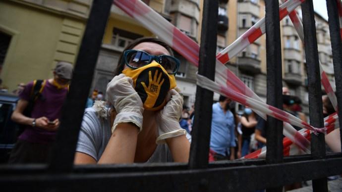 Tanév új helyszínen? Reagáltak az SZFE tiltakozó hallgatói a kuratóriumi felvetésre