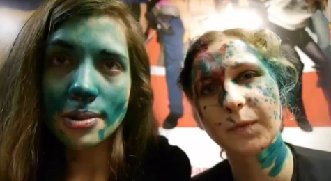 Újra megtudhatták a Pussy Riot ribancai, hogy az oroszok nem vevők a nézeteikre