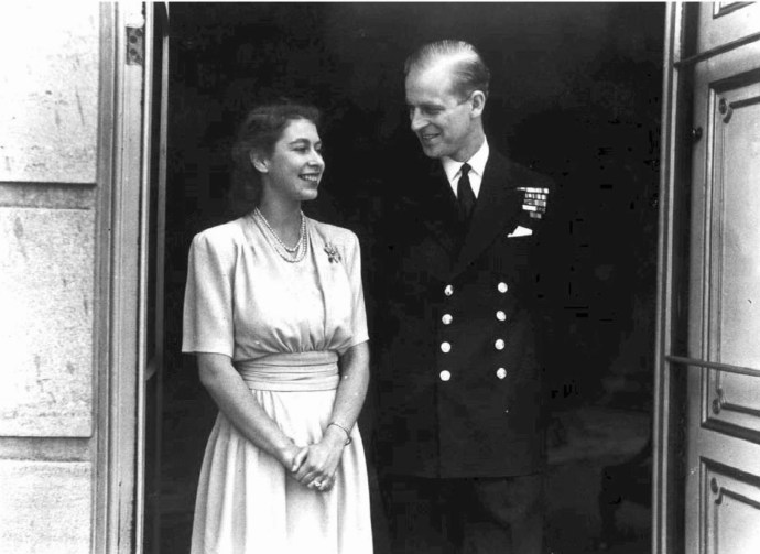Erzsébet királynő és Fülöp herceg évfordulós fotója