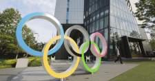 Túlélte a járványkezelés és az olimpia miatti bizalmatlansági indítványt a japán kormány