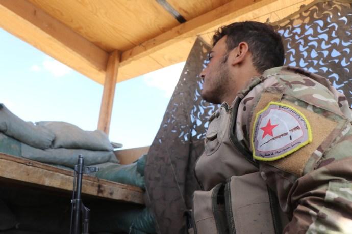 Összecsaptak a kurd fegyveresek és a török hadsereg alakulatai a szíriai határon