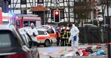 Újabb terrortámadás Németországban? Farsangi mulatságba hajtott egy autós