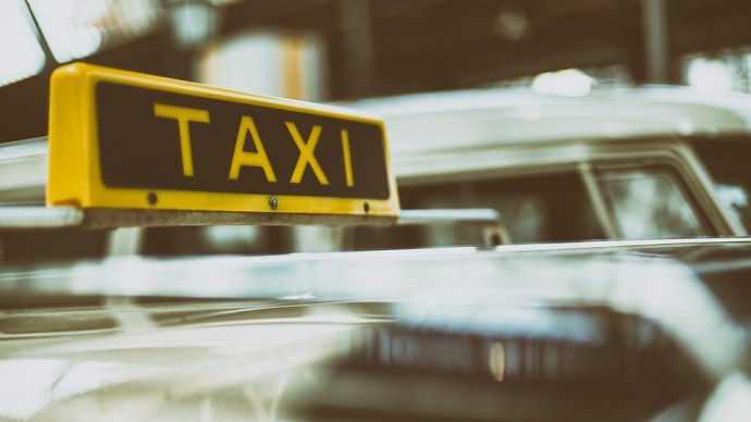 Túl hangos zene miatt bírságolhatják a sofőröket Erzsébetvárosban