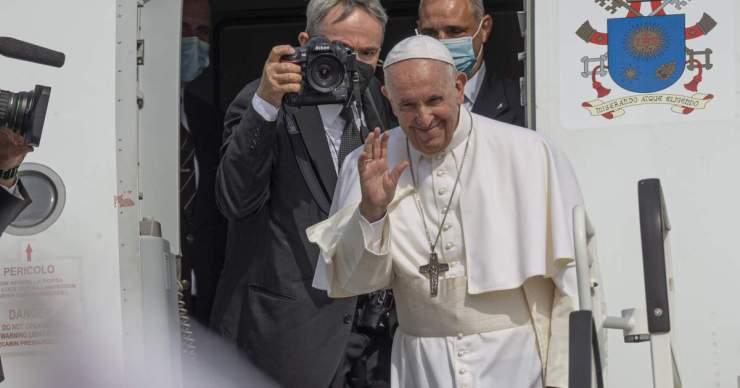 A pápa elbúcsúzott Szlovákiától, azt üzente, mindenkit a szívében hord